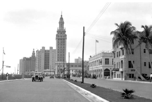 biscayne-blvd-circa-1930-from-mdda